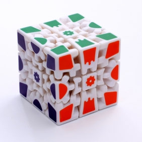 Z-Cube Gear 3x3x3 V2 white with thermal transfer