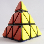 QJ Tiled Pyraminx black