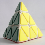 QJ Tiled Pyraminx white