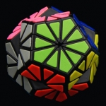 QJ tiled Pyraminx Crystal black
